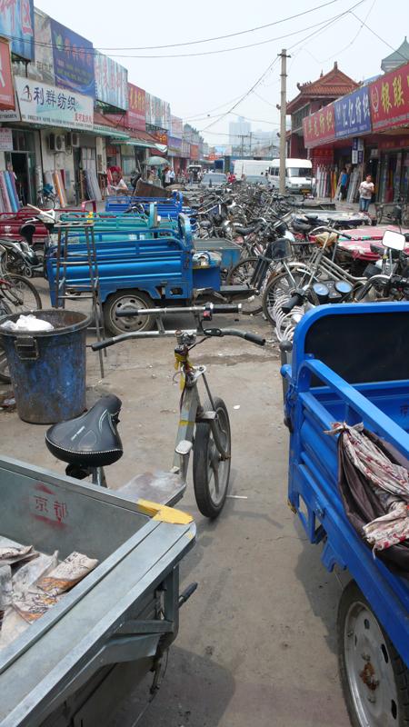 bike parking at textile market